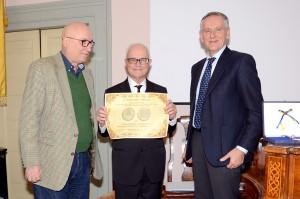 Il Rettore Vilberto Stocchi con i Professori William René Shea e Gino Tarozzi