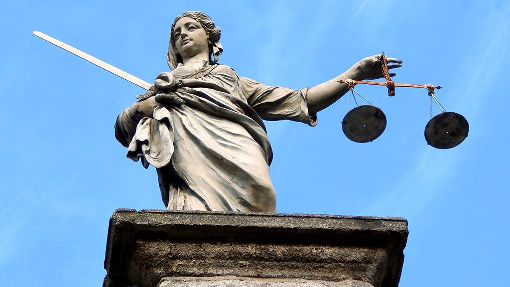 scuola-giurisprudenza-urbino-2