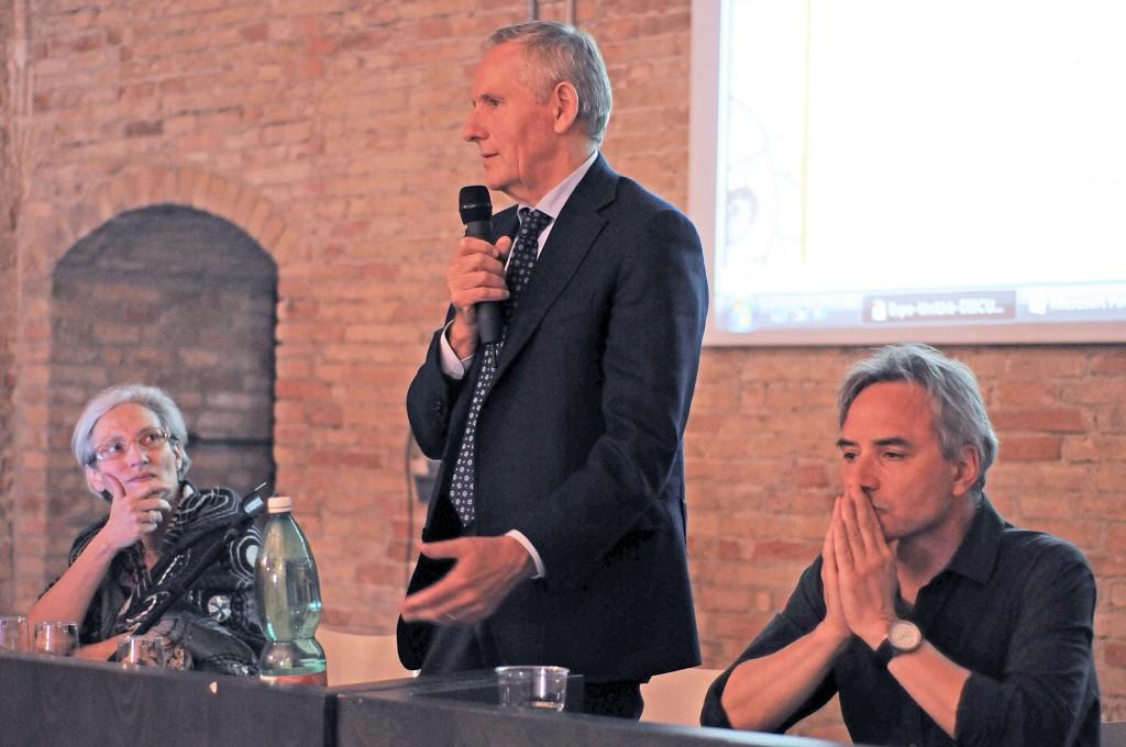 """Il Rettore Vilberto Stocchi intervenuto all'incontro a cura di Anna Santucci """"(As)saggi: cibo e cultura"""""""