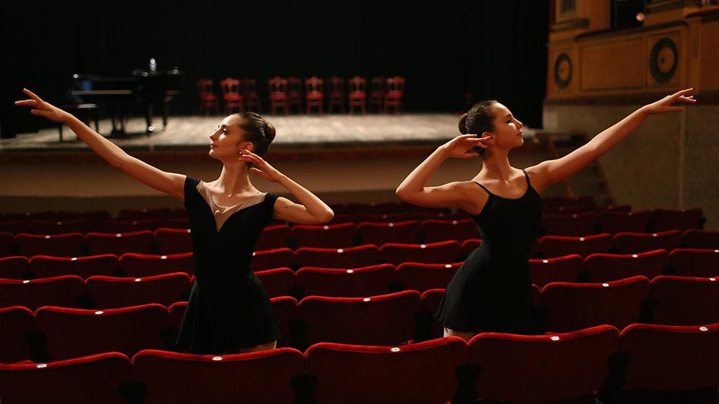 """""""Attorno al Bolshoi Summer Intensive"""" della Carlo Bo"""