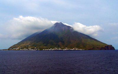 Anche Uniurb firma la ricerca sui tre tsunami medievali generati dallo Stromboli