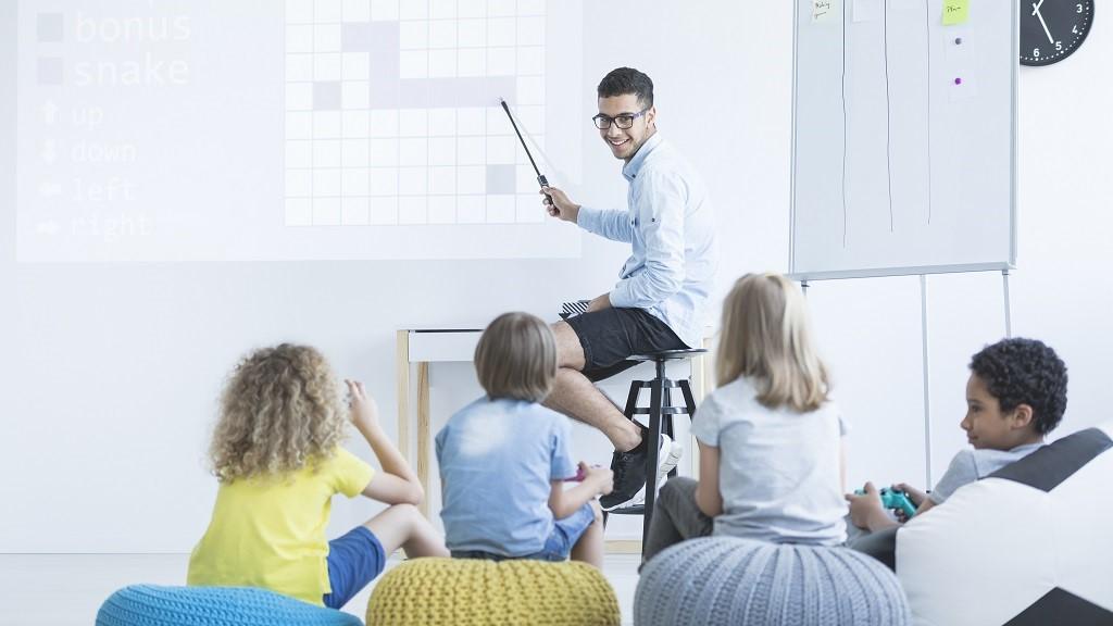 """Rai Cultura presenta il """"Coding in famiglia"""" di Uniurb"""