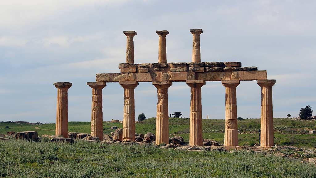 Cacciatori di statue: l'archeologia che recupera la storia